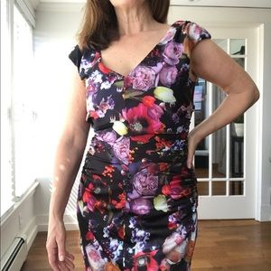 Floral print midi dress with ruching at waist